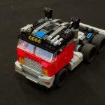 Lego Brickmus Prime transformer MOC - PiiPoo Lego-tapahtuma 2018